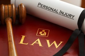 Hire a personal injury lawyer for defending your case